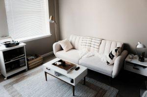Comment agrandir visuellement une pièce ?