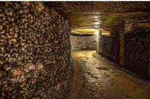 Découvrez les catacombes paris